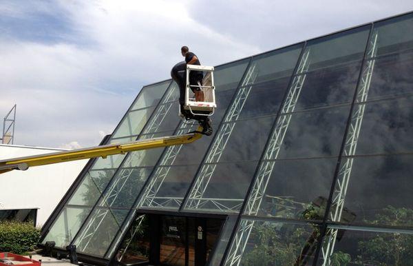 Nettoyage de vitres grandes hauteurs en Isère